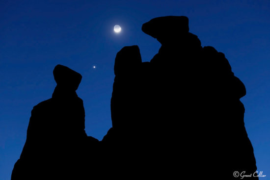 Blue hour landscape photo with Moon and Venus over the Three Gossips by Grant Collier