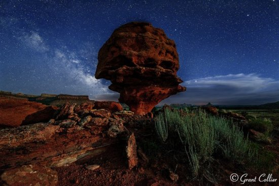 Milky Way photography at Balanced Rock during astronomical twilight by Grant Collier