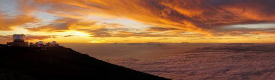 Haleakala crater at sunset, at Haleakala National Park, Maui, Hawai'i.