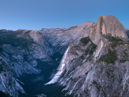 Low Light Landscape Photography at Yosemite National Park by Anne Mckinnell