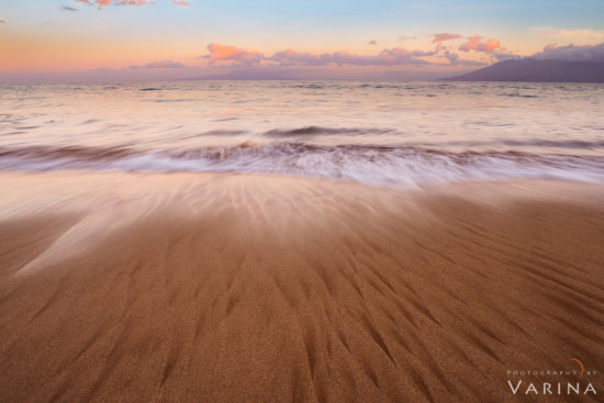 Landscape photography in sharp focus captured using hyperfocal distance - Maui by Varina Patel