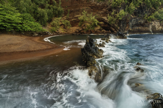 Nature photography from Hawaii with wrong color space by Jay Patel