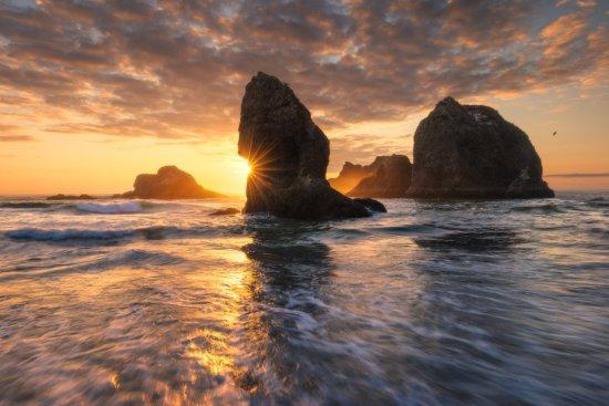 Capturing joy with late summer sunset along the Oregon Coast. Oregon.
