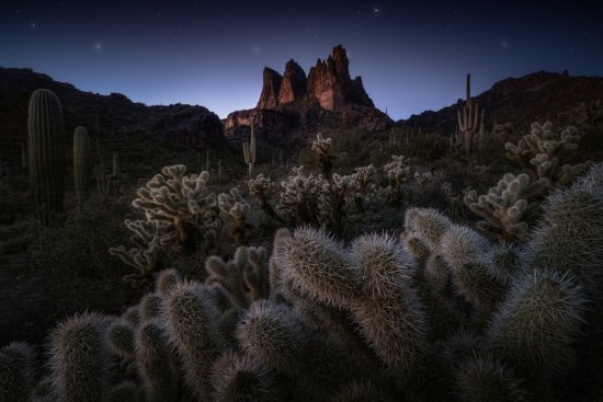 Night photography example by Joshua Snow