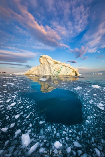 Example of choosing the right angle for Travel Photography, Greenland