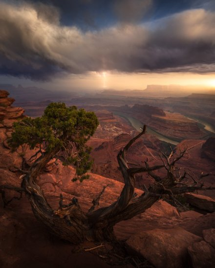 Creating color balance contrast in post processing by Josh Snow