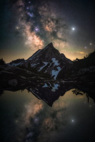 Milky Way photo in the Mt. Baker Wilderness by Austin Jackson