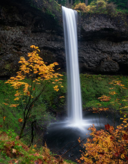 Waterfall photography in autumn by Mark Denney