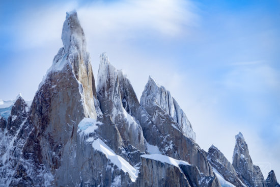Mountain photography composition with a telephoto lens from Patagonia by Sanders Park